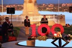 Os reis memoráveis de Perth estacionam o 100th serviço do crepúsculo de ANZAC Fotografia de Stock Royalty Free