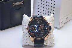 Os relógios dos homens caros Fotos de Stock