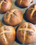 Os rolos de pão casa-fizeram fotografia de stock