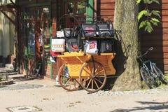 Os sacos comemorativos puseram sobre a venda na tenda Imagem de Stock Royalty Free