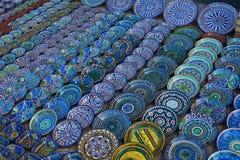 Os souvehirs no mercado em Buhara Fotografia de Stock