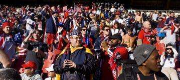 Os suportes do futebol dos EUA em Ellis estacionam - WC 2010 de FIFA Foto de Stock
