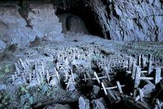 Os túmulos de Hmong na caverna Foto de Stock Royalty Free
