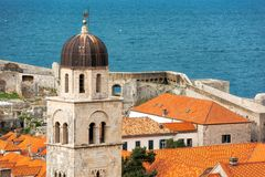 Os telhados telhados de Dubrovnik imagem de stock