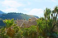 Os telhados de Eze foto de stock