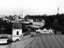 Os telhados famosos de Kyiv - de Ucrânia - de KYIV ou de KIEV fotos de stock