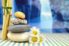 Os termas apedrejam o zen Imagens de Stock Royalty Free