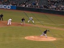 Os throws de Buehrle da marca lanç com o corredor do a no ø Fotos de Stock