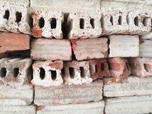 Os tijolos da pilha de armazenamento Imagens de Stock