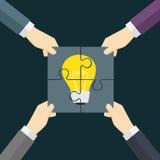 Os trabalhos de equipa fazem a ideia vir ilustração verdadeira Fotografia de Stock