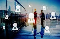 Os trabalhos em rede da rede comunicam o conceito da conexão de uma comunicação foto de stock royalty free