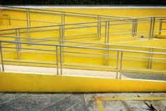 Os trilhos da passagem da escada Foto de Stock