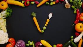 Os vegetais fizeram a letra V ilustração stock