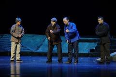 Os velhos amigos que encontram a ópera de Jiangxi uma balança romana Foto de Stock