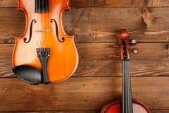 Os violinos fecham-se acima Imagem de Stock