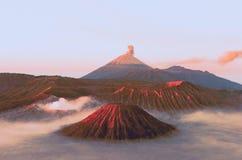 Os vulcões montam Semeru e Bromo em East Java fotografia de stock royalty free