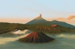 Os vulcões montam Semeru e Bromo fotografia de stock royalty free