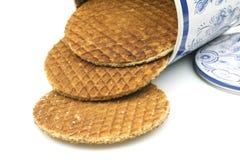 Os waffles holandeses no coloridos podem Imagem de Stock Royalty Free