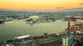 Osaka Bay, en Osaka Japan Industries Photo stock