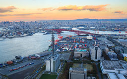 Osaka Bay, en Osaka Japan Industries placent autour Photo libre de droits