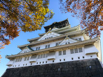 Osaka Castle with autumn leaves Royalty Free Stock Images