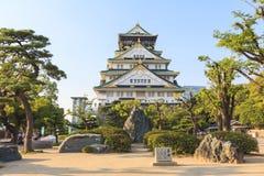 Osaka Castle in de Zomer van Japan Stock Foto's