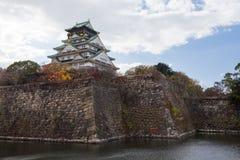 Osaka Castle, punto di riferimento di storia del Giappone immagini stock
