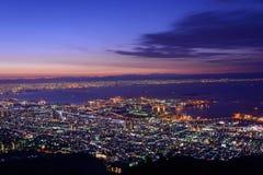 Osaka en Kobe in de schemering, Mening van Kukuseidai van MT maya stock foto