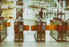 OSAKA, GIAPPONE - 28 MAGGIO: Interno di Osaka Station il 28 maggio 2016 Immagine Stock