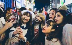 OSAKA, GIAPPONE - 31 OTTOBRE 2015: Strada dei negozi di Dotonbori in Osa Fotografia Stock