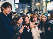 OSAKA, JAPÃO - 31 DE OUTUBRO DE 2015: Rua da compra de Dotonbori em Osa Imagem de Stock Royalty Free
