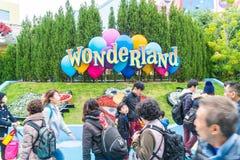 Osaka, Japón - 21 de noviembre de 2016: Las atracciones del parque temático basadas encendido Imagen de archivo libre de regalías