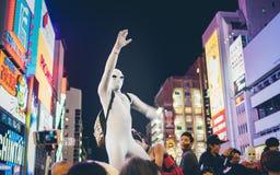OSAKA, JAPÓN - 31 DE OCTUBRE DE 2015: Calle de las compras de Dotonbori en Osa Imagen de archivo