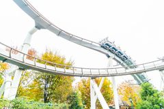 Osaka, Japan - 21. November 2016: Achterbahn in Universal Studios Lizenzfreie Stockfotos
