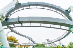 Osaka, Japan - 21. November 2016: Achterbahn in Universal Studios Stockfotografie
