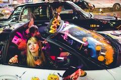 OSAKA, JAPAN - OKTOBER 31 2015: Dotonbori het winkelen straat in Osa Stock Fotografie
