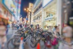 OSAKA JAPONIA, MAJ, - 28, 2016: Dotonbori okręg Osaka z bi Zdjęcie Royalty Free