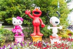 OSAKA JAPONIA, NOV, - 21 2016: Elmo, kiciunia i Snoopy w Halloween, Zdjęcie Stock