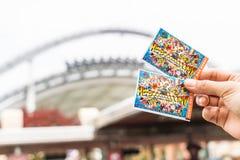 Osaka Japonia, NOV, - 21 2016: Nowy bilet universal studio Zdjęcie Stock