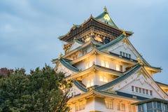 Osaka kasztel w chmurnym niebie przed podeszczowym spada puszek Zdjęcia Royalty Free