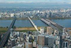 Osaka linia horyzontu z kilka mostami w Osaka, Japonia obraz stock