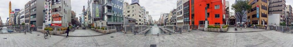 OSAKA - MAY 26, 2016: Tourists in Dotombori. Osaka is a major at Royalty Free Stock Photos