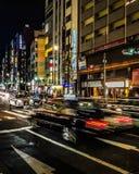 Osaka Miastowej nocy Uliczna scena, Japonia zdjęcia royalty free