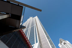 Osaka Prefectural Government Sakishima Building, o torre di Cosmo, Immagine Stock