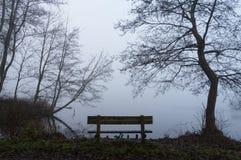 Osamotniona ławka Zdjęcie Royalty Free