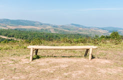 Osamotniona bambusowa ławka Obrazy Stock