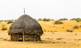 Osamotniona buda w pustyni fotografia royalty free