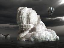 Osamotniona góra lodowa z wielorybem Zdjęcie Stock