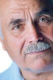 Osamotniony stary człowiek z szarym włosy i wąsy Obraz Royalty Free