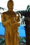 Oscar-Oscar-Statue Kinonominierung und -trophäe Goldener Oscar Stockbilder